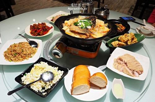 成家小館天母店|經典川湘菜道道美味.精熬兩天雞湯底的砂鍋魚頭更是必點