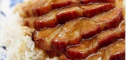 【新莊】人氣排隊大份量三寶飯,香城燒臘小館。