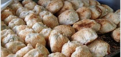 【宜蘭羅東 燒餅】餅酥肉多的胡椒餅 羅東碳烤燒餅店