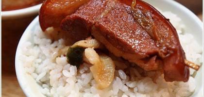 【彰化】彰化人的晚餐還是爌肉飯,阿章爌肉飯。