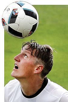 Fuball Kapitn wischt Zweifel beiseite
