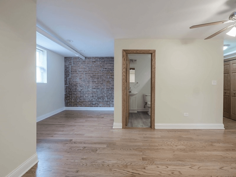 DePaul University  Off Campus Housing Search  Rockwell