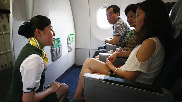 Pramugari Spring Airlines (Foto: scmc)