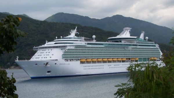 Mariner of The Sea, salah satu kapal Royal Caribbean (Foto: cruceroclick)