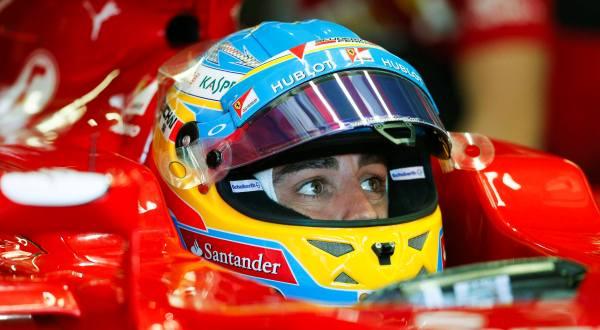 Alonso Mengejar Rekor Senna