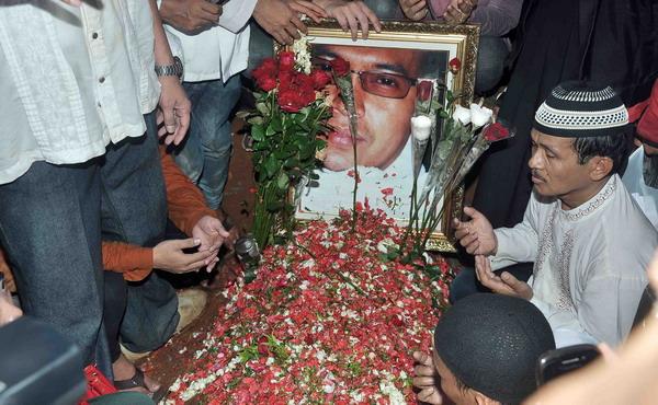 Makam Ustadz Jeffri di TPU Karet (Foto: Arif/Okezone)
