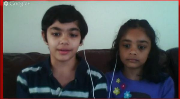 Tanishq Abraham, kiri, bersama sang adik Tiara Abraham. (Foto: Huffington Post)
