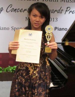 Evelyn Zainal Abidin di indonesiaproud wordpress com