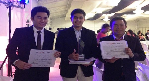 Vicario Reinaldo, Alris Alfharisi & Muhammad Arifian Adin di indonesiaproud wordpress com