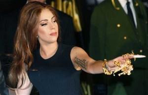 Lady Gaga Akhirnya Akui Pecandu Ganja