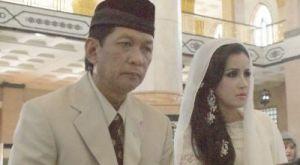 Andi Soraya Akur dengan Suami di Sidang Cerai Perdana