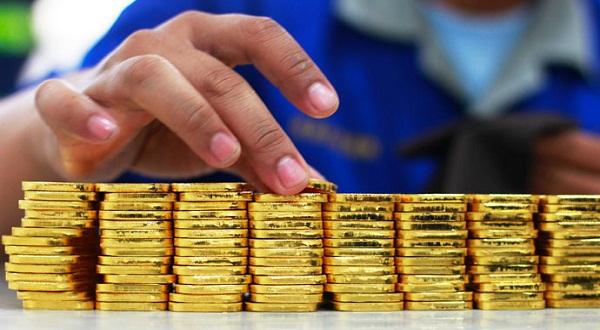 Naik Rp2.000, Harga Emas Antam Dibanderol Rp548.000 (Ilustrasi: Reuters)