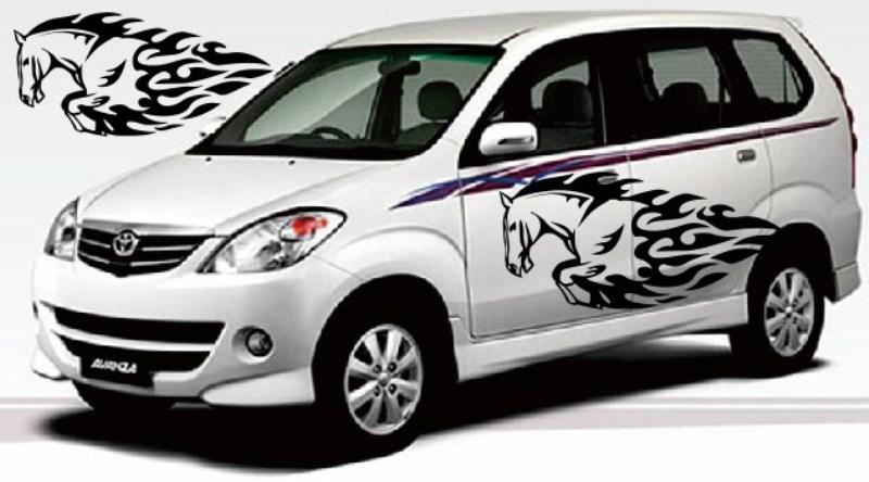 Yuk Modifikasi Mobil MPV Pakai Cutting Sticker biar