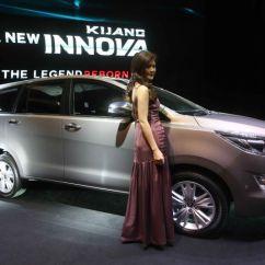 Harga All New Kijang Innova Q Perbedaan Alphard X Dan G Toyota Tembus Rp420 Jutaan Adakah Peminatnya Https Img K Okeinfo Net Content 2015 11 23 15 1254579