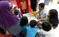 Ajak Anak Peduli Lingkungan Mahasiswa Ciptakan Permainan Kreatif