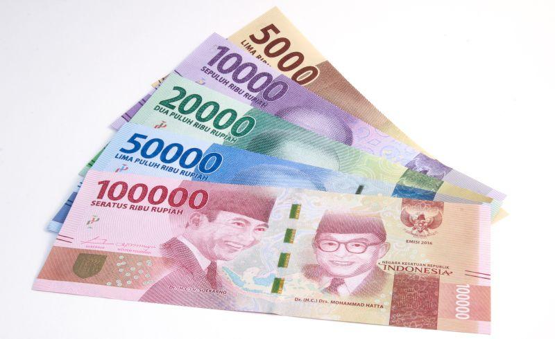 Duh Rupiah Semakin Terjepit ke Level Rp13519 USD