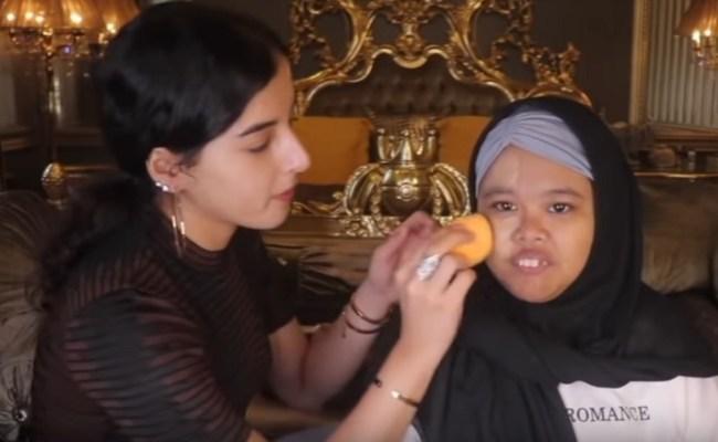 Kolaborasi Tasya Farasya Make Over Rahmawati Kekeyi Putri