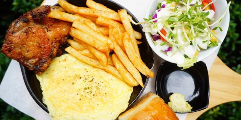 """【新北樹林美食】M&M Burger 咬一口漢堡  *♥大眼怪抹茶拿鐵""""高cp值早午餐""""平價手作甜點"""