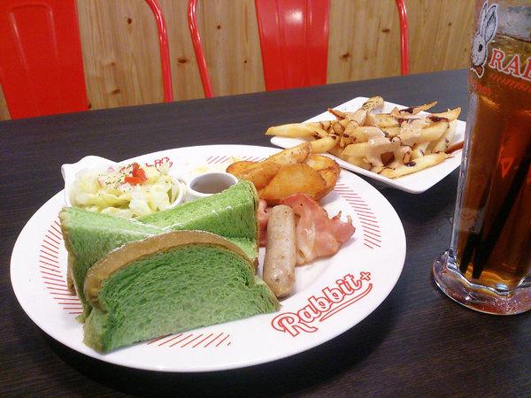 【新北板橋美食】兔子兔子美式餐廳+板橋府中店||*♥高CP美式輕食早午餐