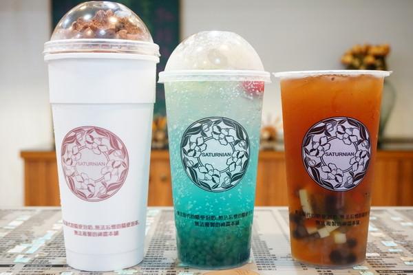 """【高雄三民美食】神農本舖  *♥高雄車站飲料店""""超過600款飲品""""隨便喝都好喝"""