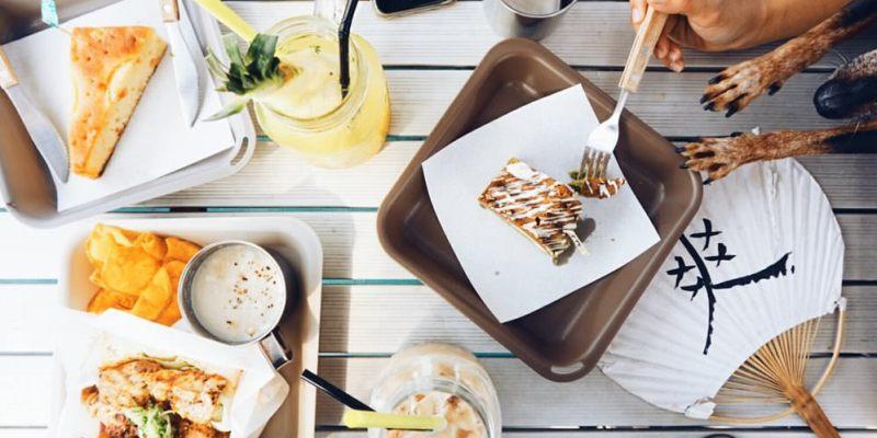 """【新北金山早午餐】Q.B.Days / 靠北過日子  超美味三明治甜點""""海岸邊的咖啡館"""