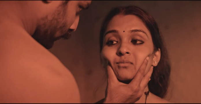 Vinitha Koshy stuns viewers in award-winning movie 'Ottamuri Velicham' |  Video | Entertainment News | Movie News | Film News