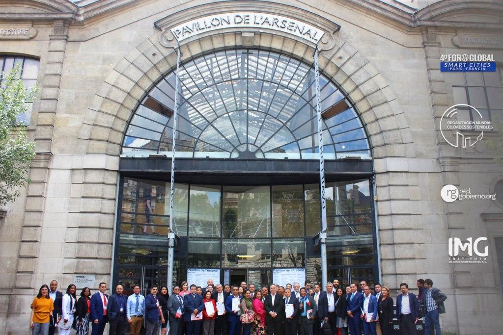 4to Foro Global Smart Cities, París, Francia, Ciudades Sostenibles - Organizado por Instituto Mejores Gobernantes, Red Gobierno y la Organización Mundial Ciudades Sostenibles, Galo Limón