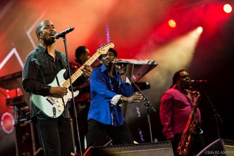 Kool and the Gang sur la scène internationale.