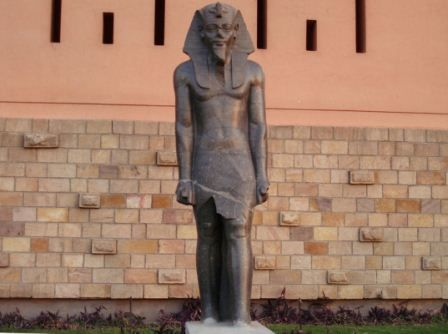 This is some of the true Egyptian statue, as you can notice his nose have been also broken off like tons of statues, this is how this how the elites of the Arab rp of Egypt do with the Egyptian statue that portray a Black person: a mere decoration.