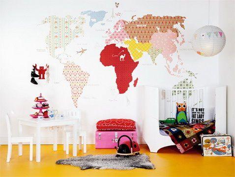Chambre denfant  carte du monde au mur  Mille mtres carrs