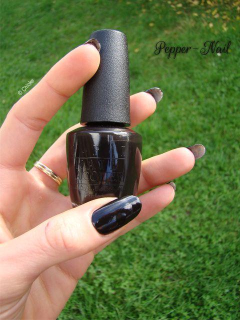 O.P.I - Lady in Black