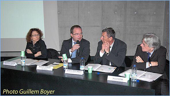 Les élus présents lors de la publication de l'étude, aux Eyzies, début novembre. Marie-Pierre Valette (MdEPN), Renaud Lagrave (conseil régional), Jean-Luc Bousquet (Umih) et Yves Eveno (CFDT)
