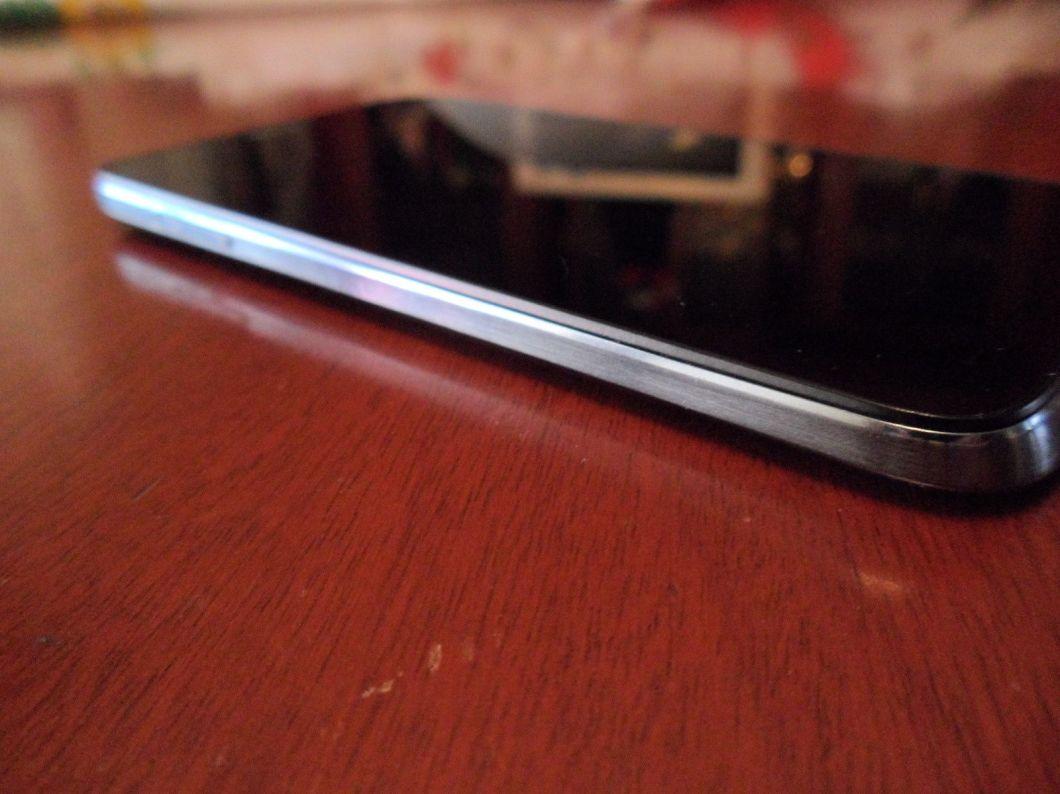 Smartphone Öwn S5030, [Revisión de producto]