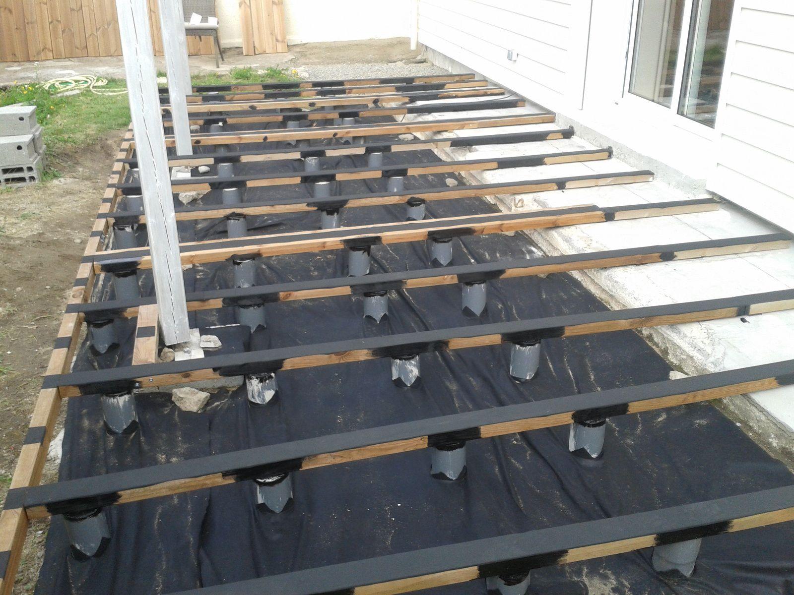 cale plastique pour terrasse bois leroy merlin. Black Bedroom Furniture Sets. Home Design Ideas