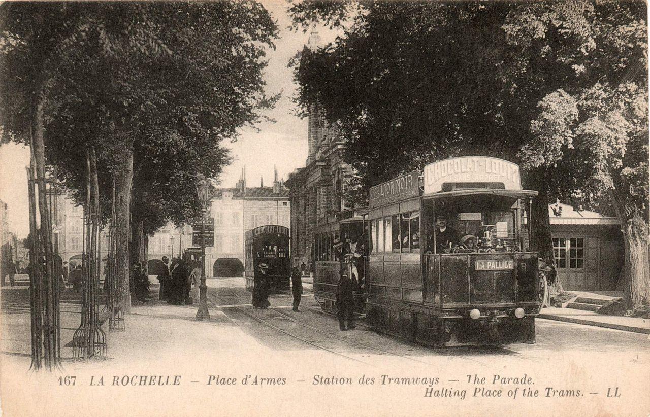 Tramway à air comprimé de La Rochelle en 1905. Source: http://fr.wikipedia.org/wiki/V%C3%A9hicule_%C3%A0_air_comprim%C3%A9