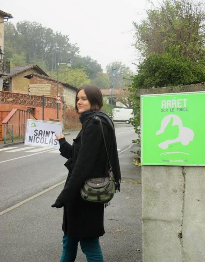 Arrêt sur le pouce. Source: www.ladepeche.fr
