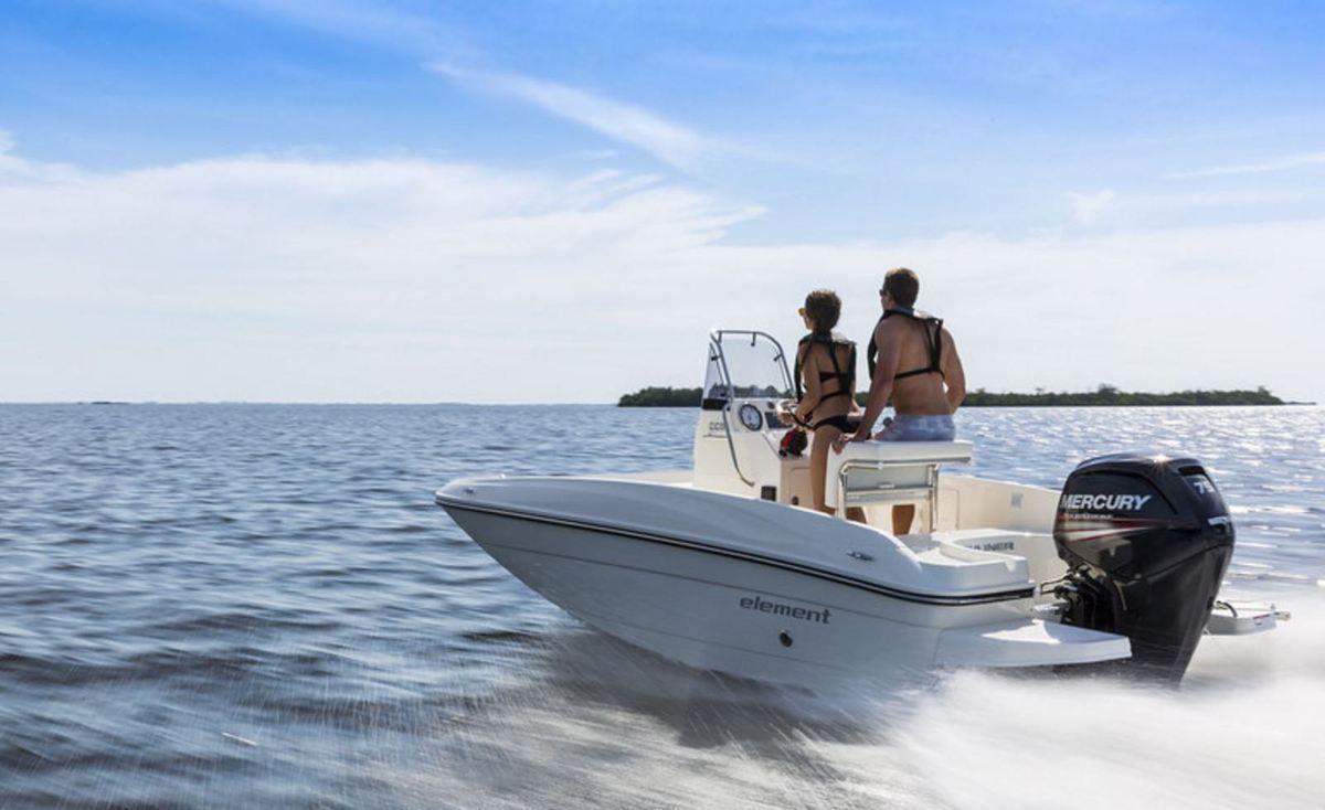 bayliner element cc5 le petit bateau