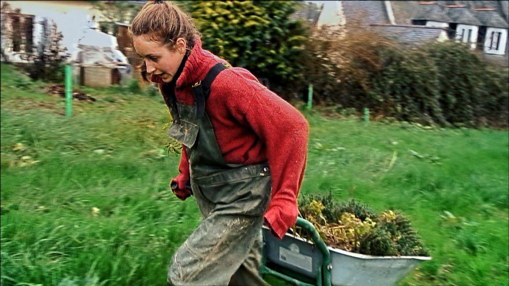 En Bretagne, le combat d'une jeune paysanne crée un buzz inattendu