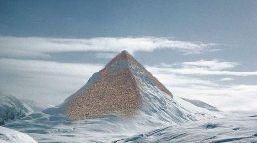 Antarctique - les glaciers fondent , les pyramides apparaissent