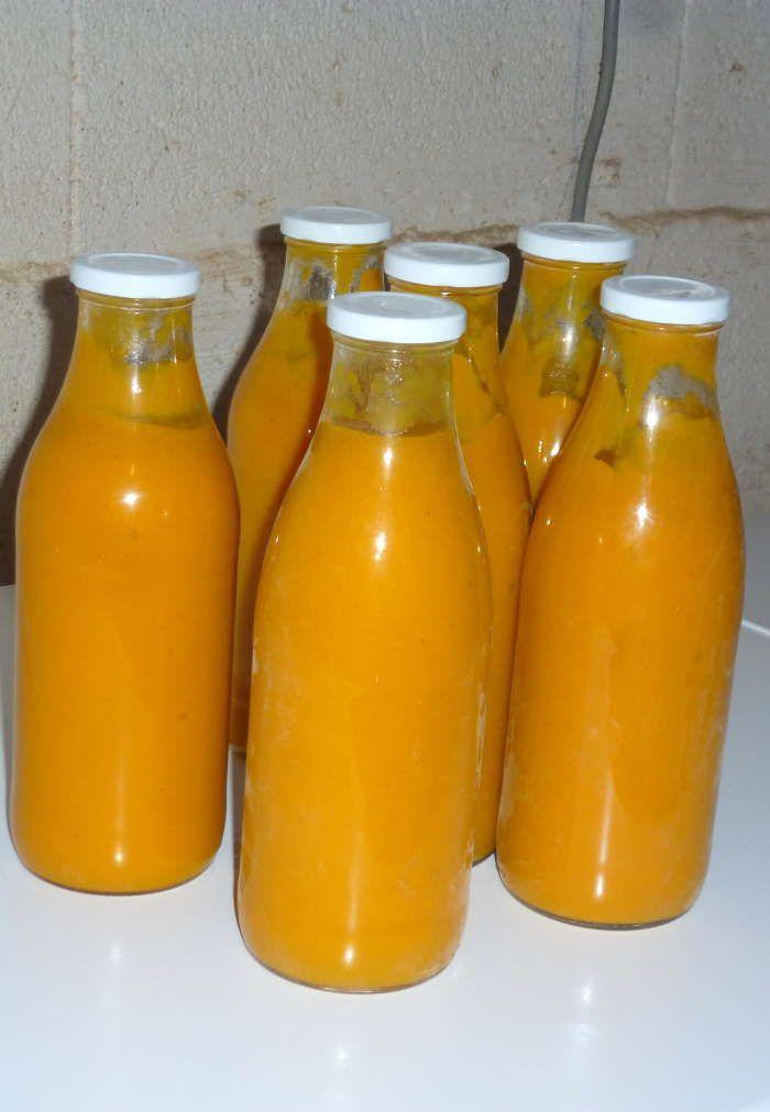 de courgettes et carottes en conserves