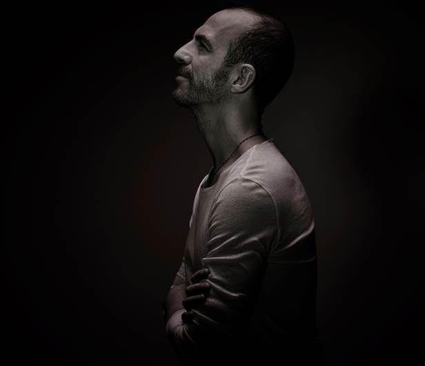 Calogero &quot&#x3B;Je joue de la musique&quot&#x3B; en video !