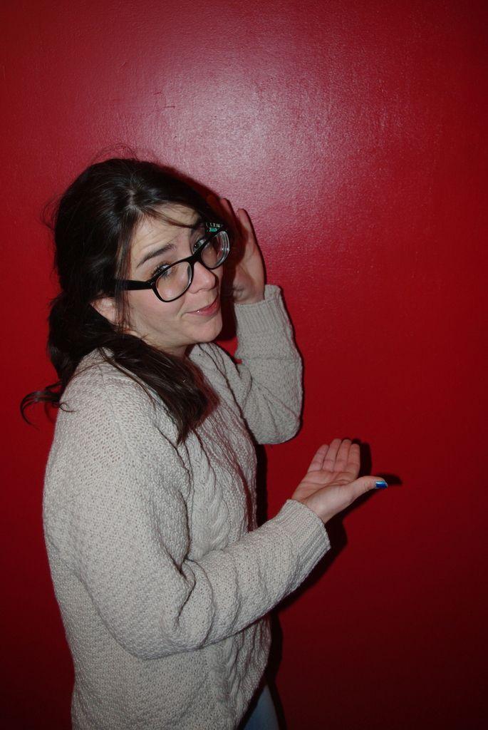 Ceci est un mur rouge, pas blanc.