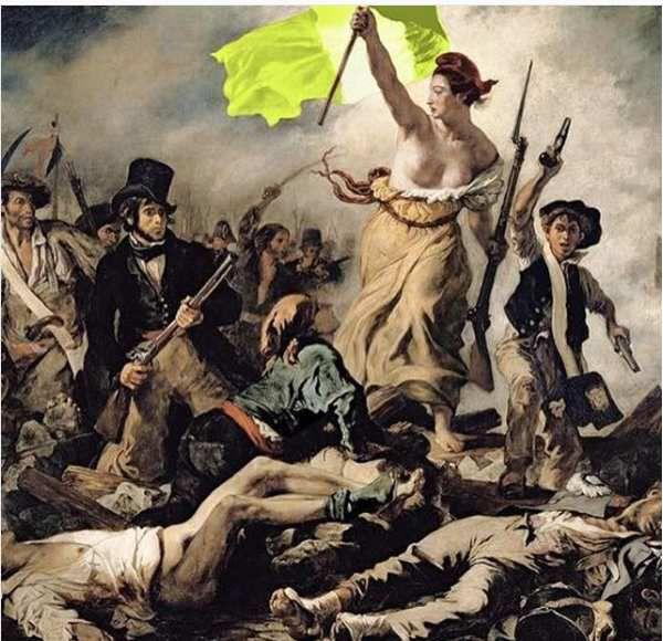 Qui est Déborah de Robertis, à l'origine de l'intervention des Marianne aux Champs-Elysées ?