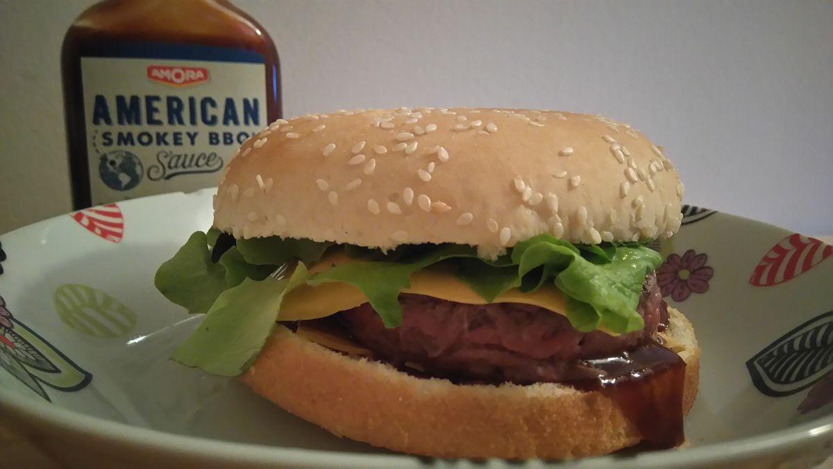 Un Cheeseburger maison et plein de saveurs !