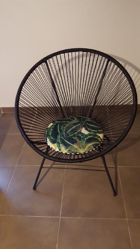 salon avec ses fauteuils urbain en fil
