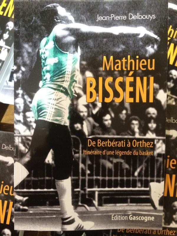 Mathieu Bisseni au pied du podium des meilleurs joueurs africains de l'histoire du basket européen