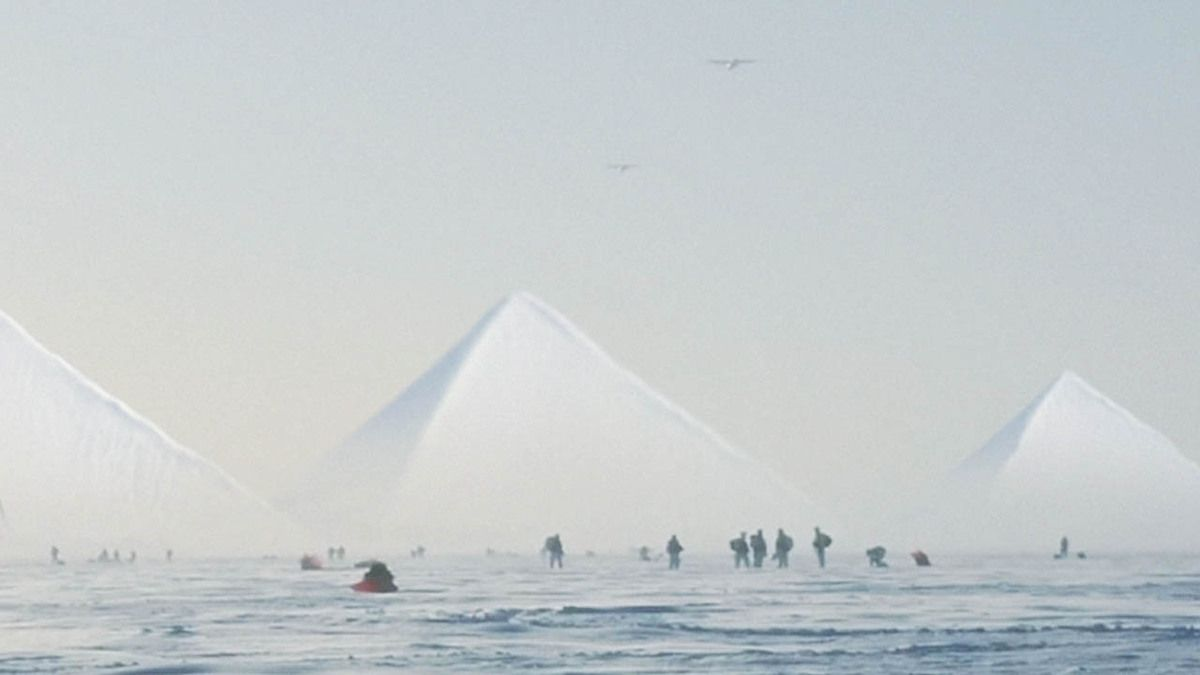 US Marines sent to explore Ancient Pyramids discovered in Antarctica !!! April 2017