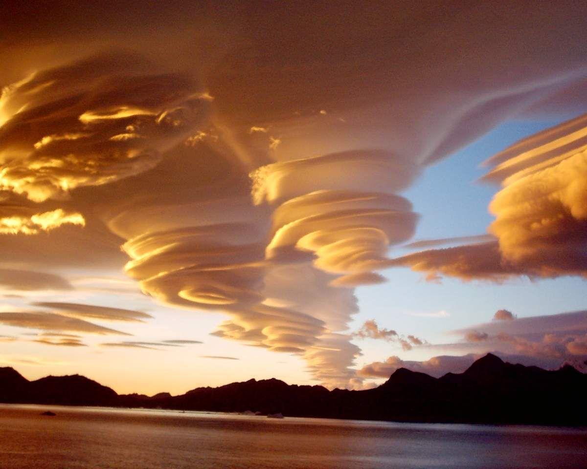 https://i0.wp.com/img.over-blog-kiwi.com/1/55/41/83/20160610/ob_59d755_nubes-lenticularouvelle-image.jpg