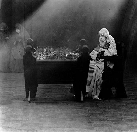 Intolerance (D.W. Griffith, 1916)
