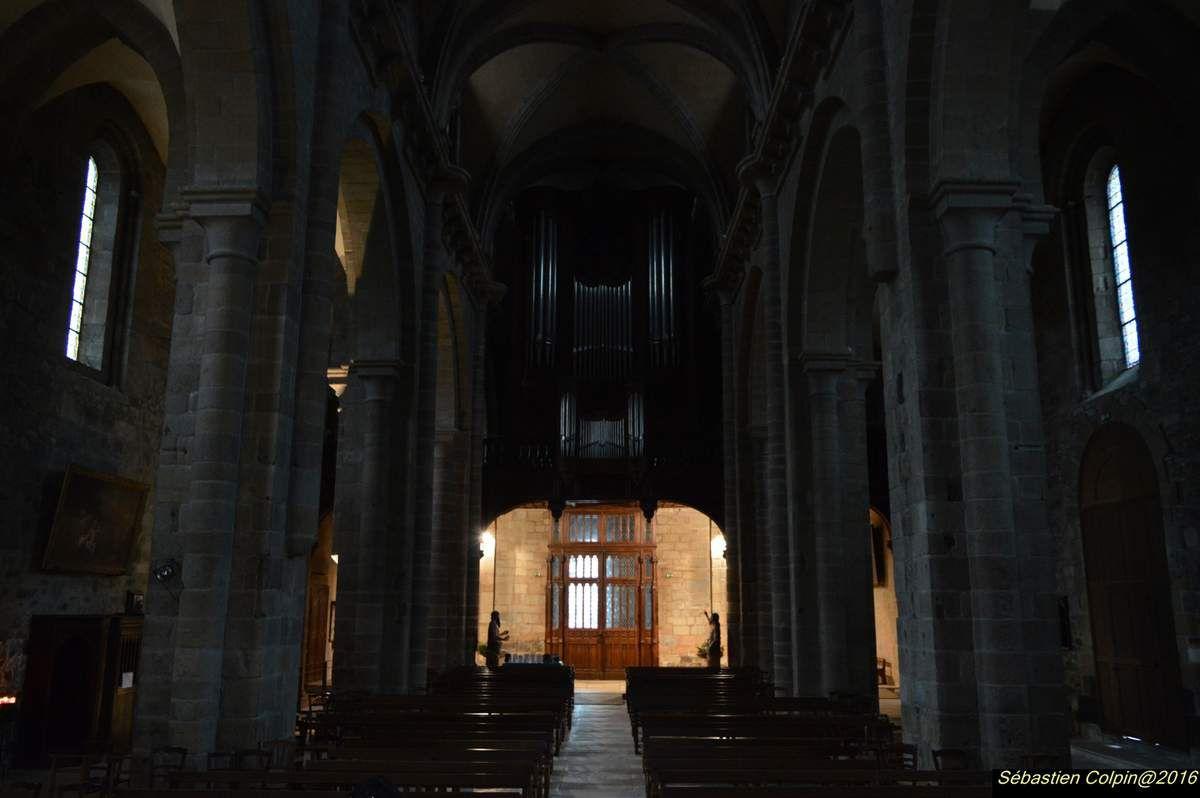 Tulle : la cathédrale Notre-Dame et le musée du cloître - Les Photos de Sébastien Colpin